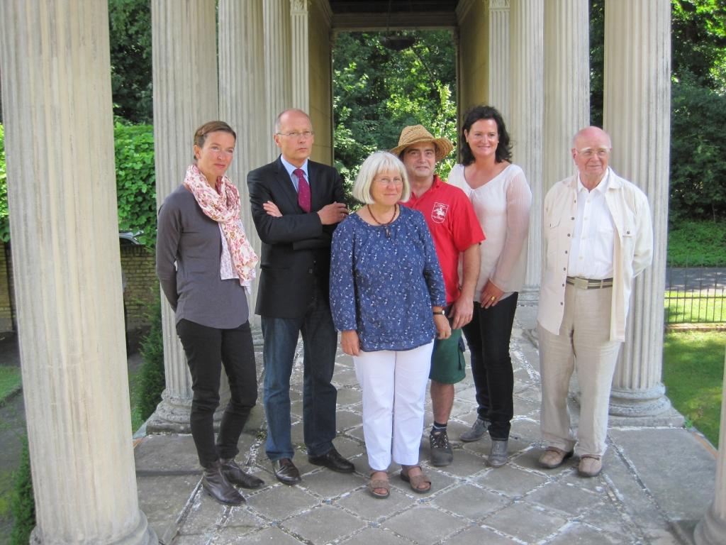Francisca Drechsler, Herbert Ullmann, Saskia Hüneke, Andreas Pietz, Barbara Rohm und Dr. Heinz Schönemann. (v. l. n. r.)