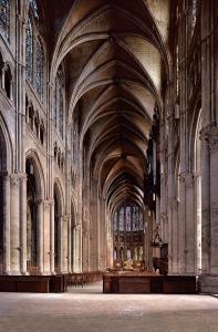 Innenraum der Kathedrale in Chartre, Foto: © Joachim Bednorz
