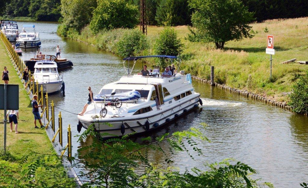 """Nationalpark Müritz - Bootsfahrt im """"Land der tausend Seen"""""""