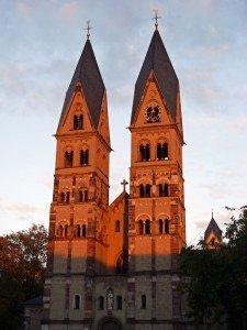 Basilika St. Castor im Abendlicht