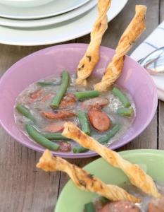 Schmackhafte Bohnensuppe mit  Topinambur, © Martina Schurich