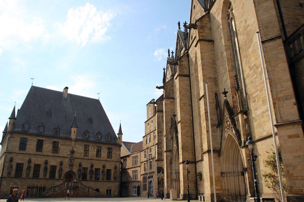 Im Zentrum der Altstadt ist die St. Marienkirche nicht zu übersehen.