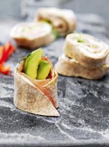 Wrap mit Avocado und Räucherfilet