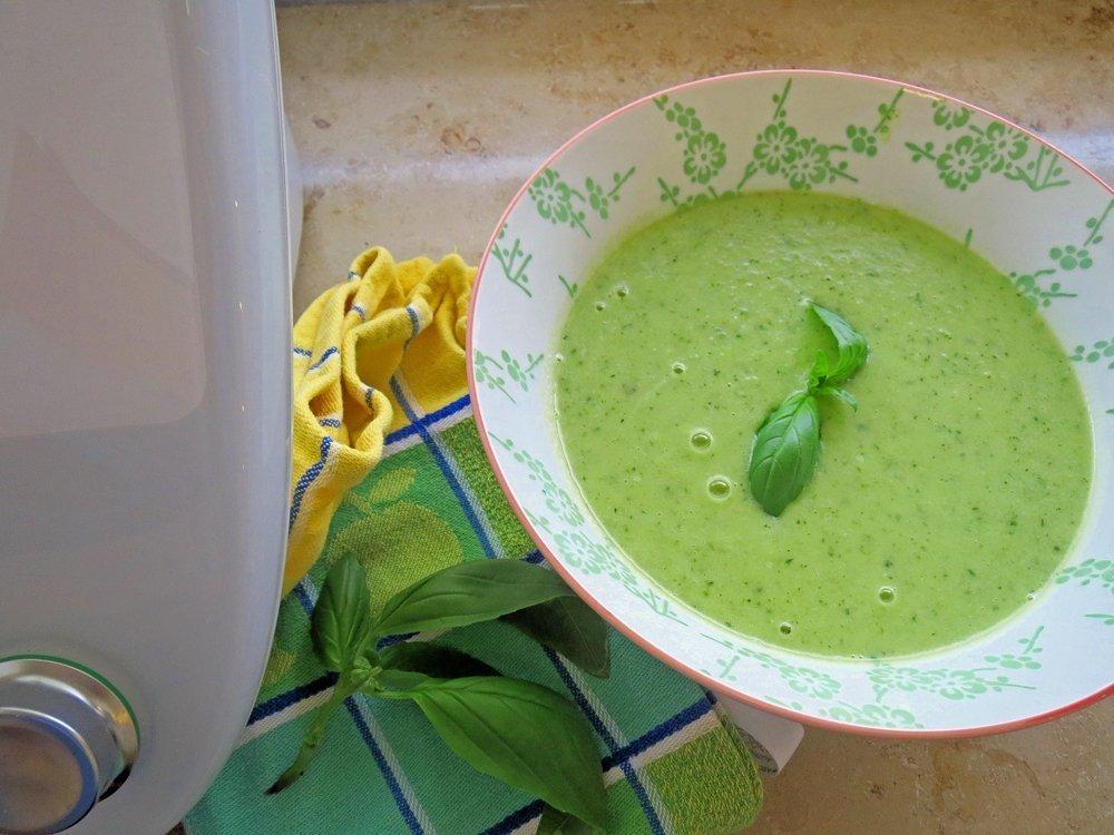 Zucchini-Suppe