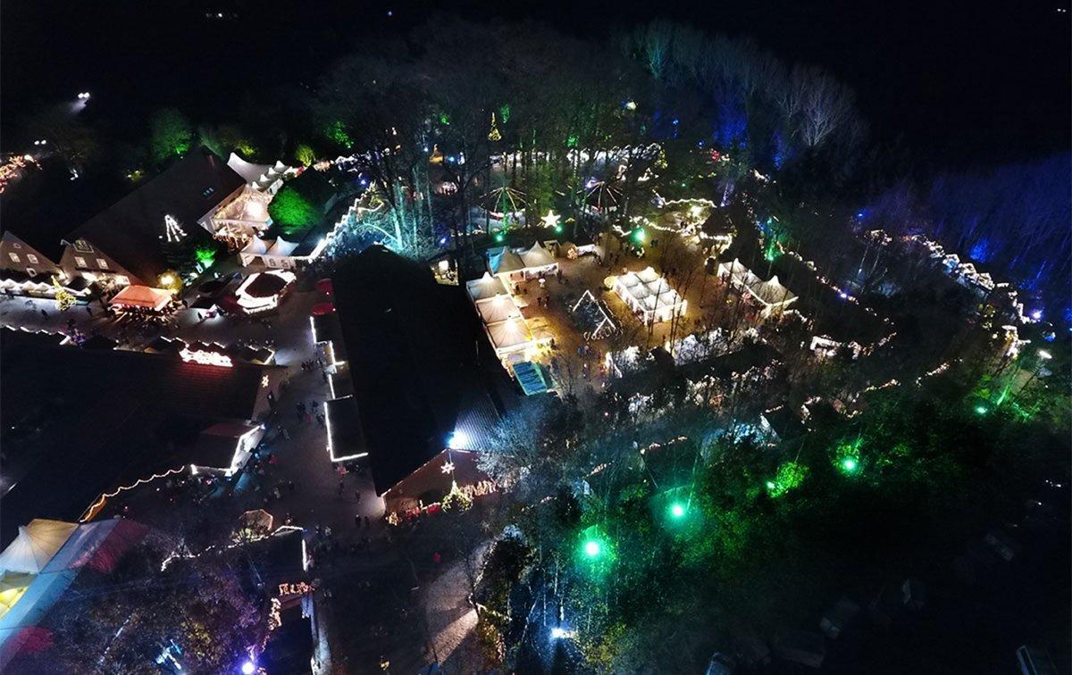 Luftaufnahme vom Waldweihnachtsmarkt in Velen