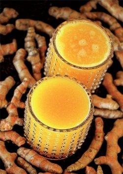 Mango-Kurkuma-Saft