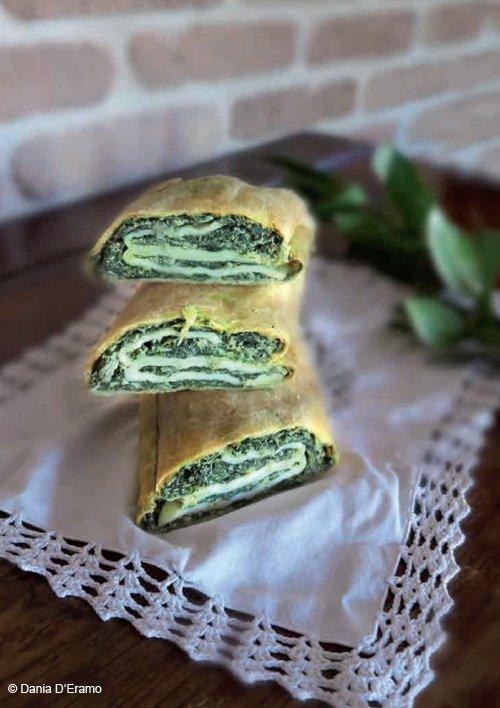 Die neue italienische Landküche - Gemüse-Ricotta-Strudel